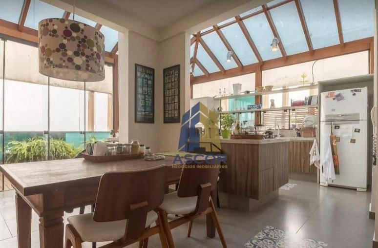 Cobertura disponível para alugar no centro de Florianópolis por R$ 4.800/mês - Centro - Florianópolis/SC