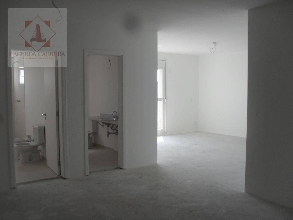 excelente apartamento no contra piso, com ampla sala, linda vista, muito bem localizado, unidade ensolarada, lazer...
