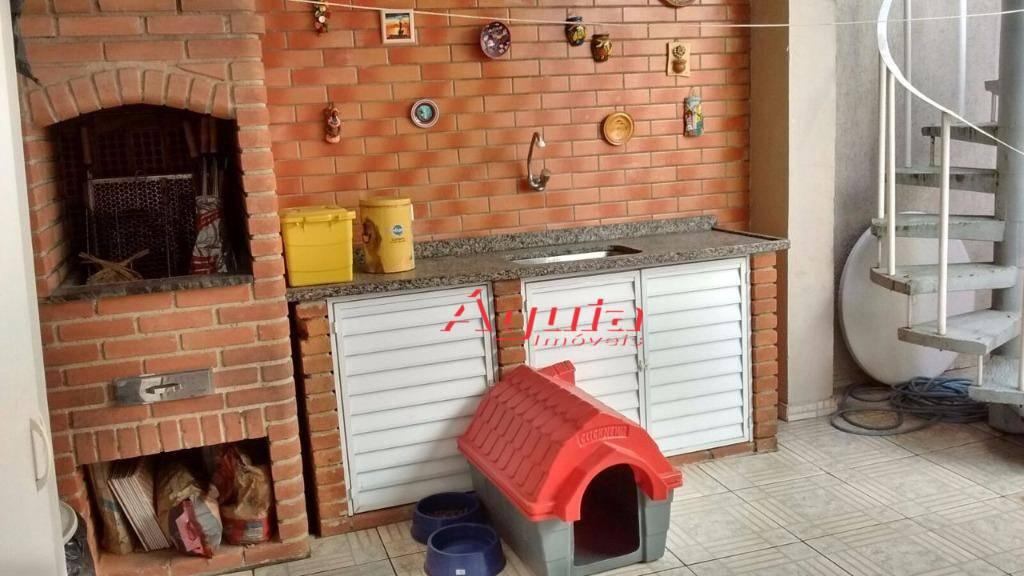Sobrado com 3 dormitórios à venda, 179 m² por R$ 500.000 - Jardim Itapoan - Santo André/SP