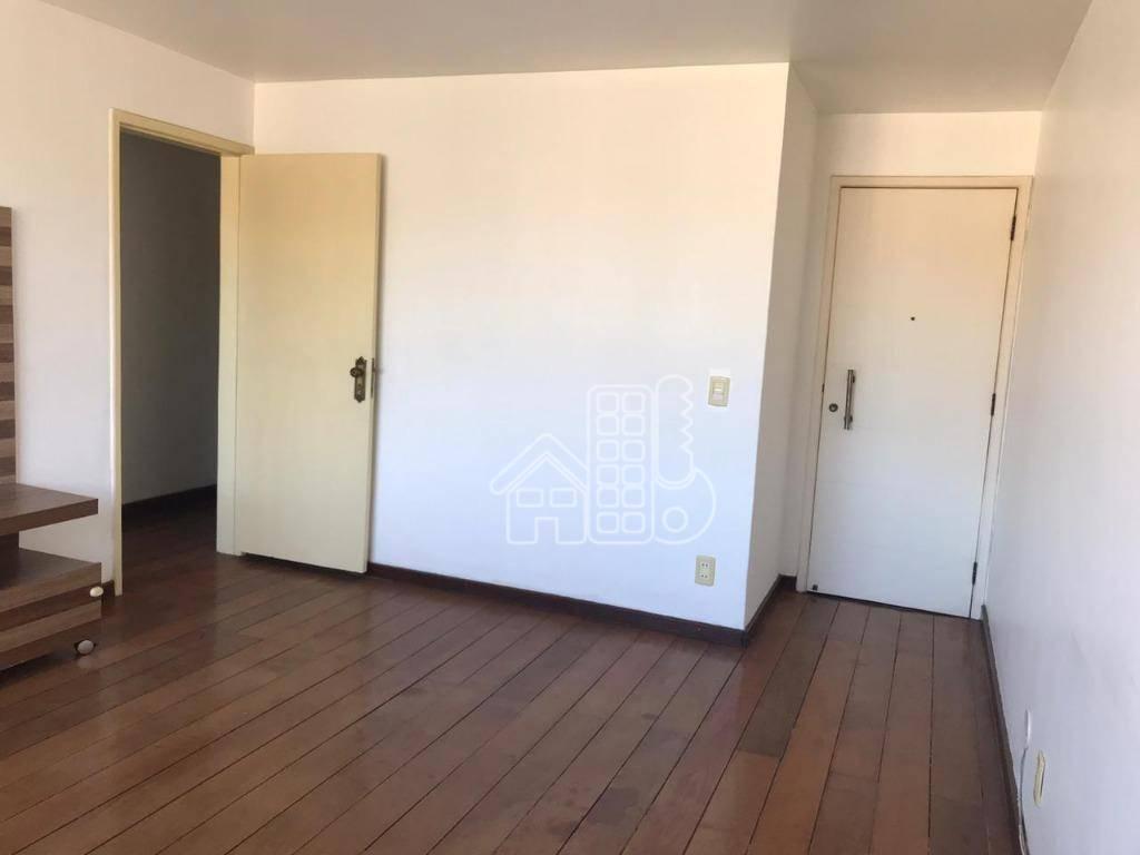 Apartamento com 2 dormitórios à venda, 71 m² por R$ 245.000,00 - Zé Garoto - São Gonçalo/RJ