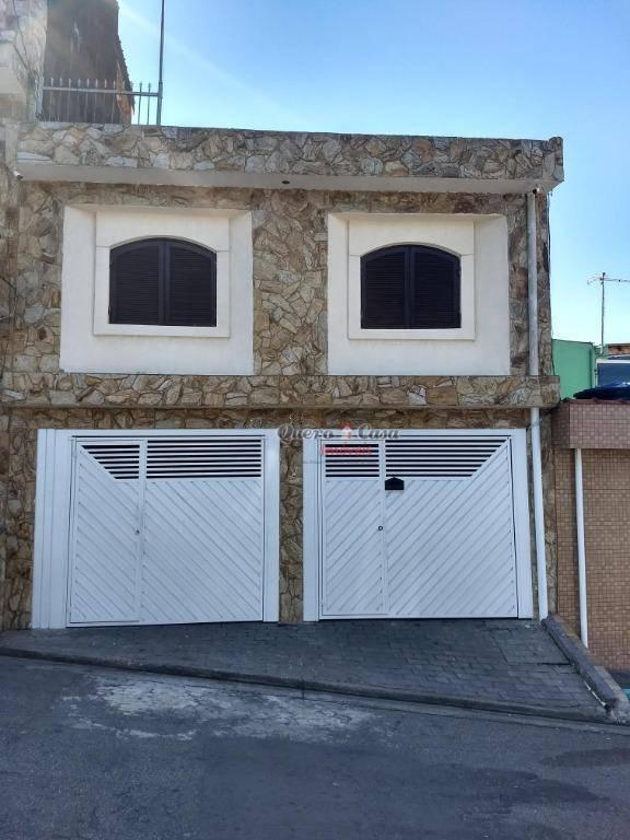 Sobrado com 2 dormitórios à venda, 250 m² por R$ 600.000 - J