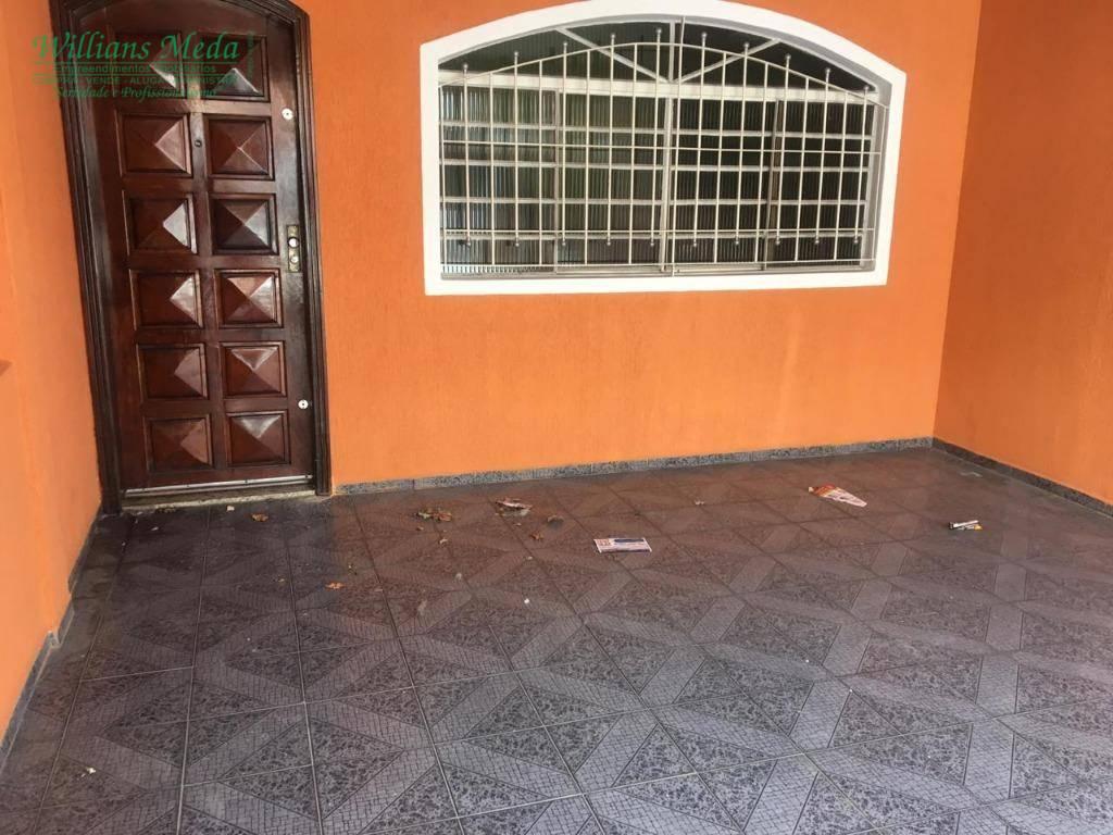Sobrado residencial à venda, 2 dormitórios, 1 vaga. Jardim Santa Mena, Guarulhos.