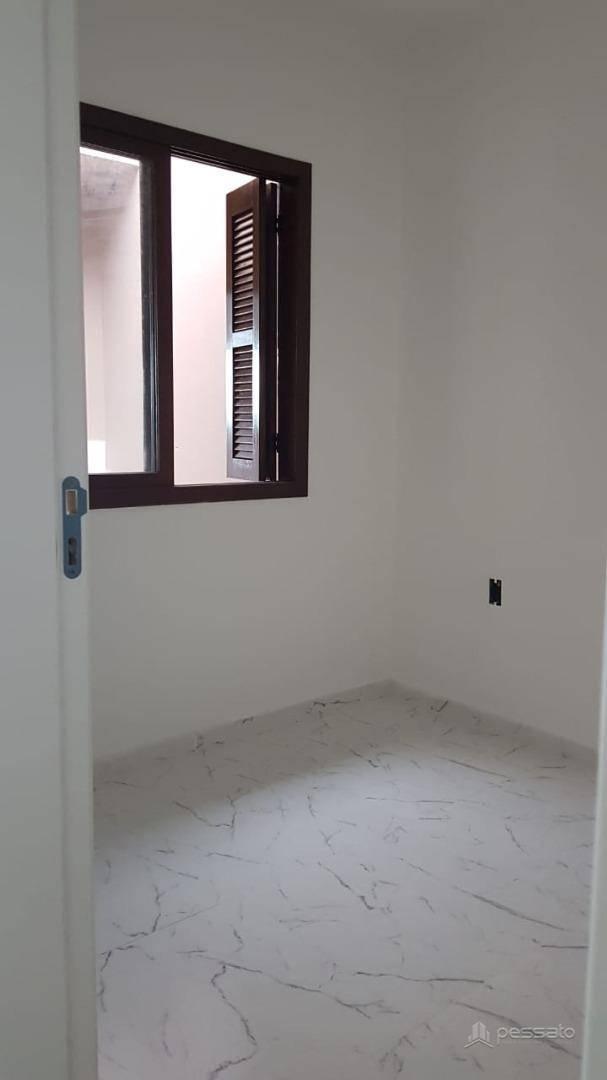 casa 2 dormitórios em Cachoeirinha, no bairro Parque Granja Esperança