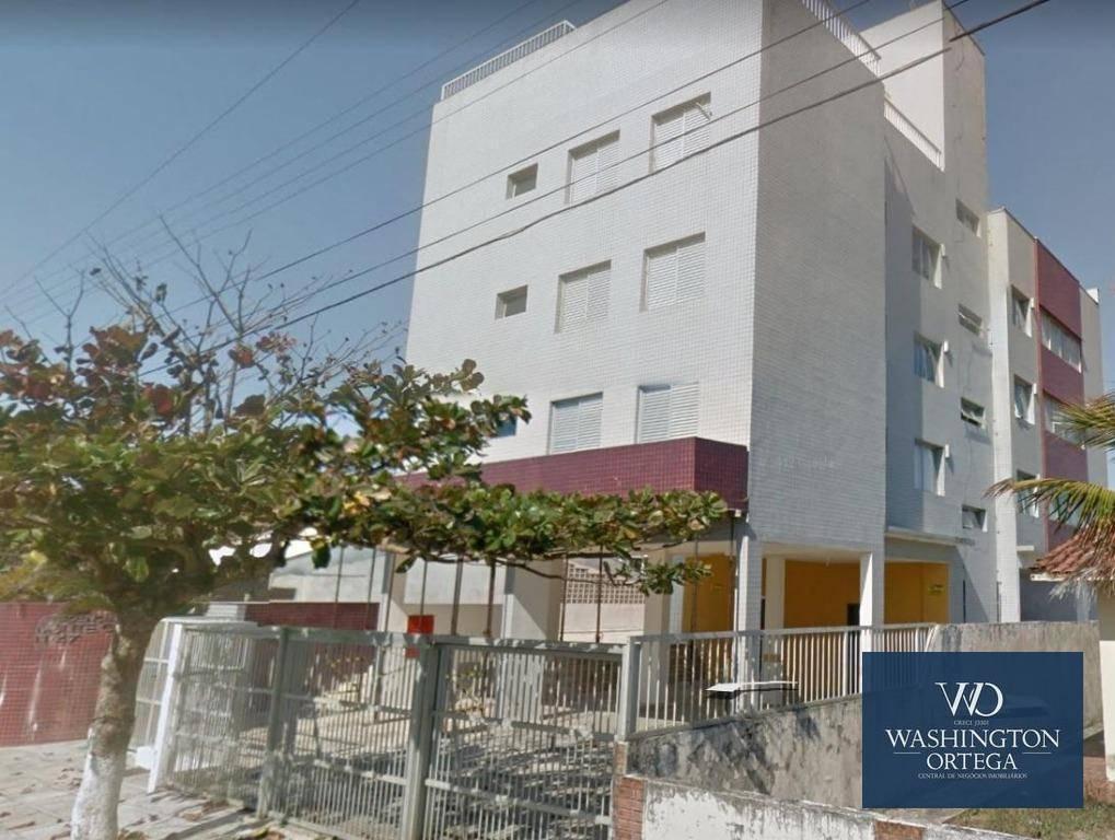 Apartamento com 3 dormitórios à venda, 82 m² por R$ 390.000