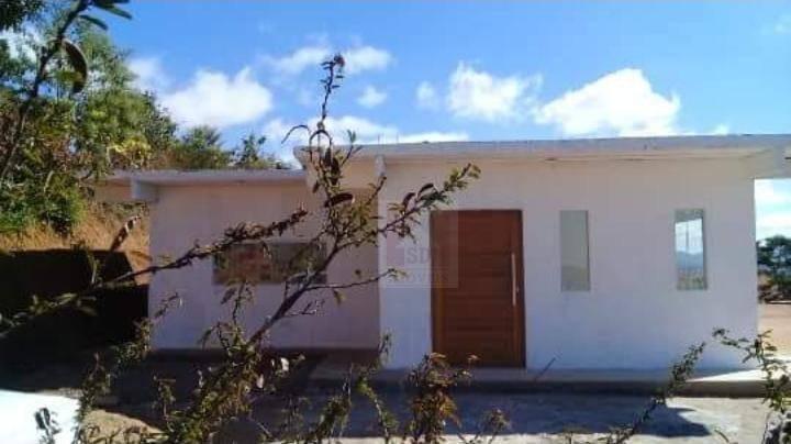 Casa à venda em Teresópolis, Albuquerque