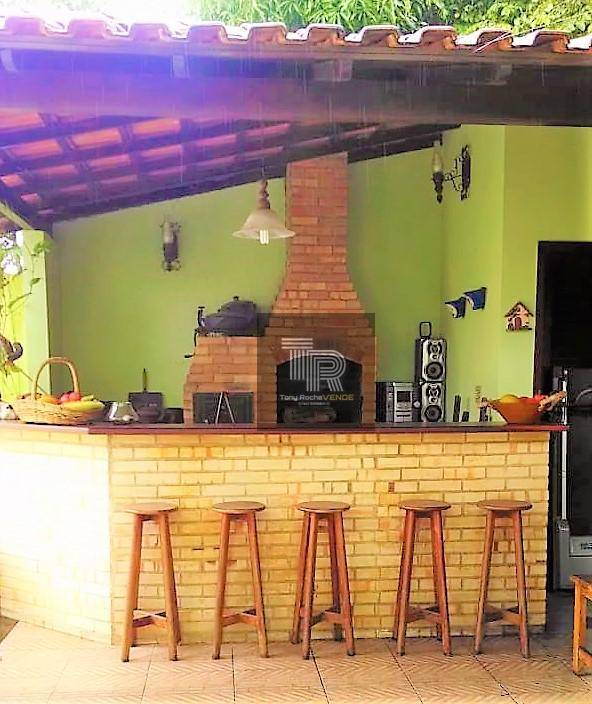 Maravilhosa Casa 4 Quartos, 3 Vagas em Condominio Fechado - Pendotiba