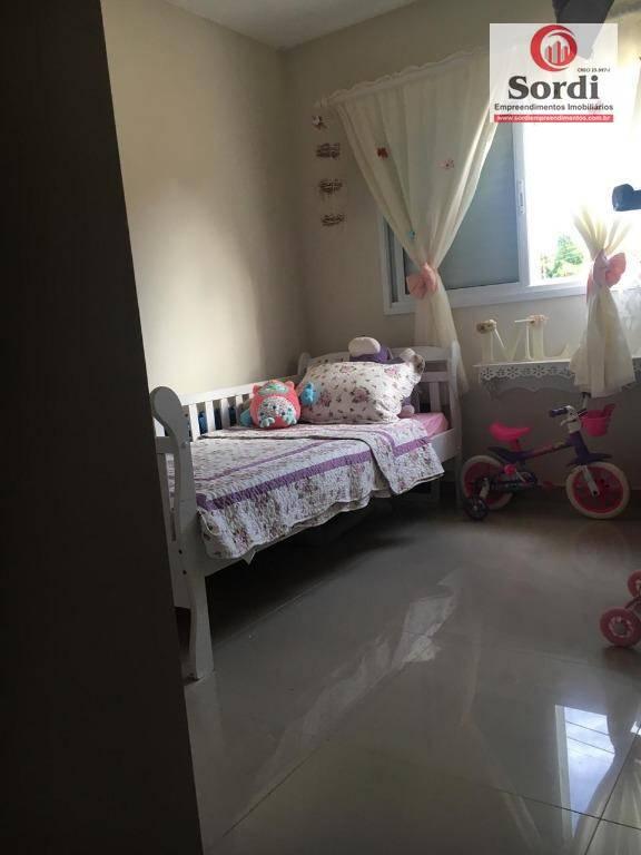 Apartamento com 2 dormitórios à venda, 75 m² por R$ 185.000
