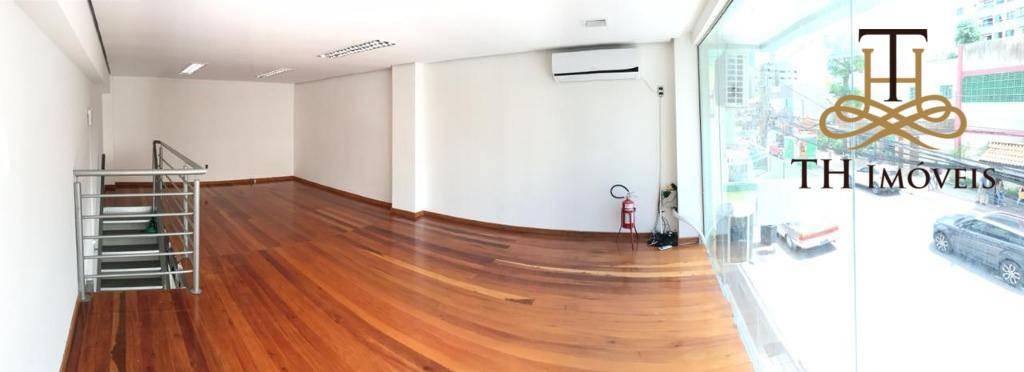 Sala comercial para Locação Anual, localizada na Rua 1500, bem no Centro de Balneário Camboriú.