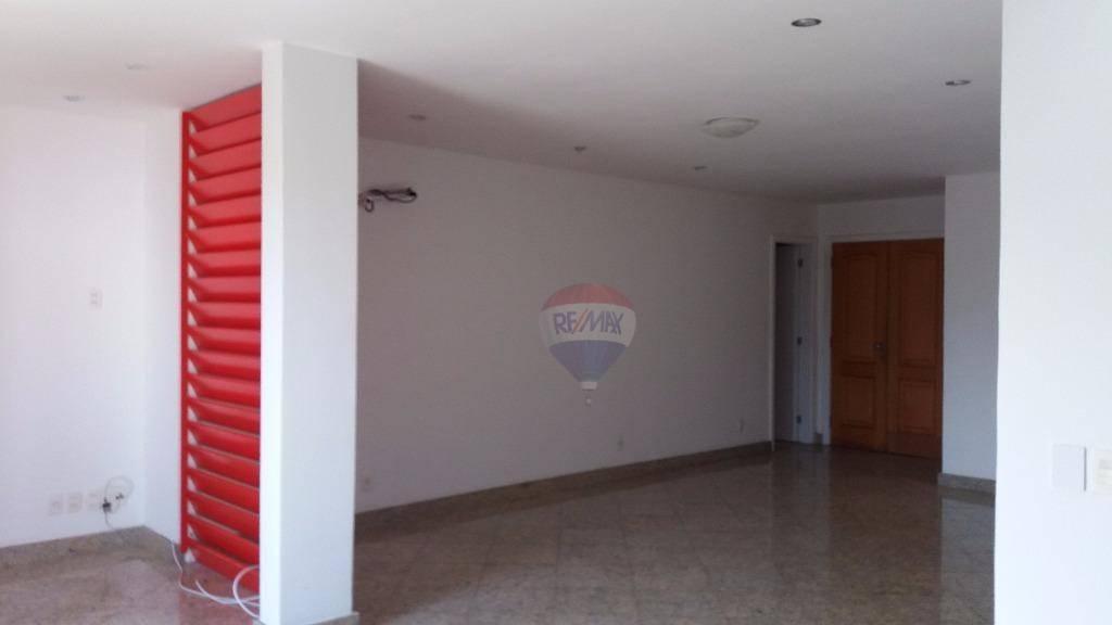 Apartamento com quartos para Alugar, 157 m²