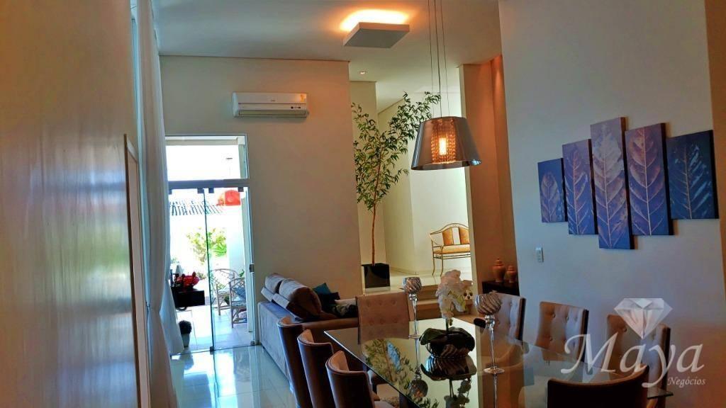 Casa 4 Quartos + Escritório, 247 m² c/ lazer na 303 Sul