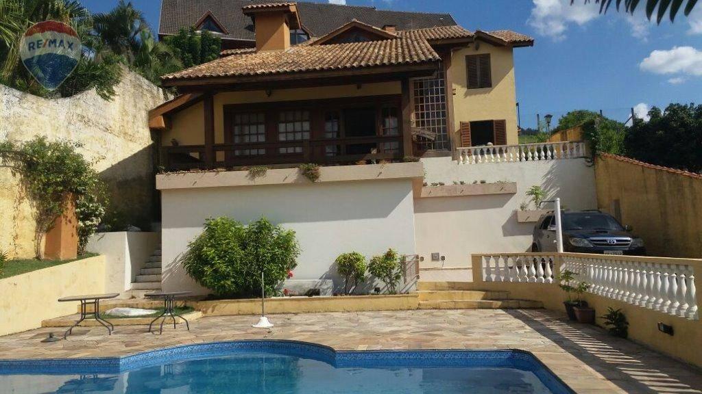 Casa com 4 dormitórios à venda, 250 m² por R$ 1.200.000  Rua Paris, 274 - Parque Arco Iris - Atibaia/SP