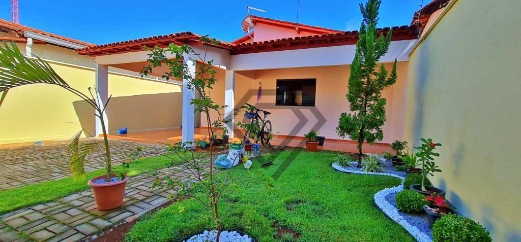 Casa 3 Quartos, 112 m² c/ quintal à venda na 403 Sul