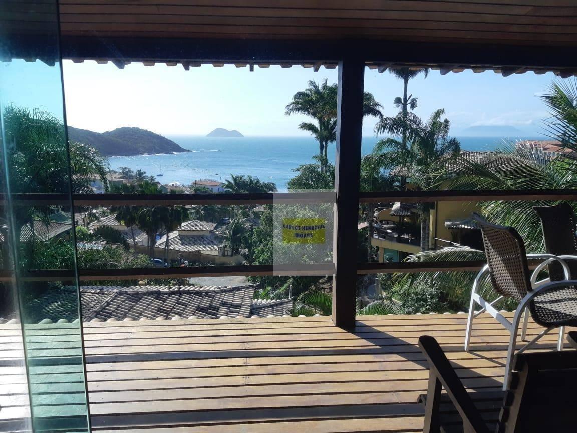 Casa em condomínio,João Fernandes com vista mar