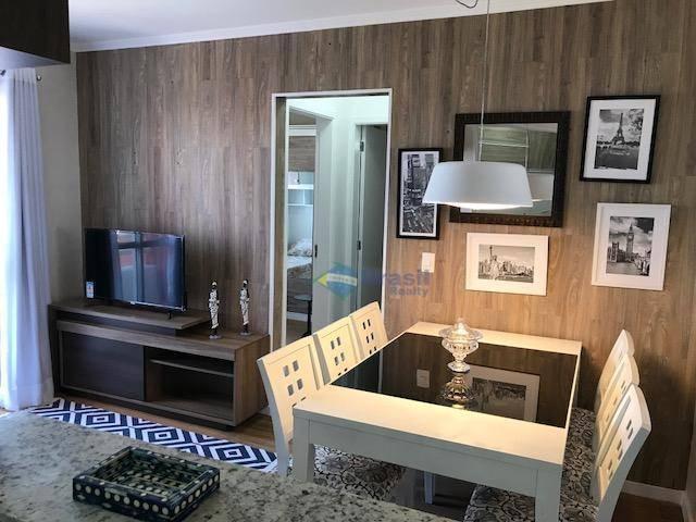 apto mobiliado e decorado - 2 dorms, sala para 2 ambientes com terracinho, banheiro social, cozinha...