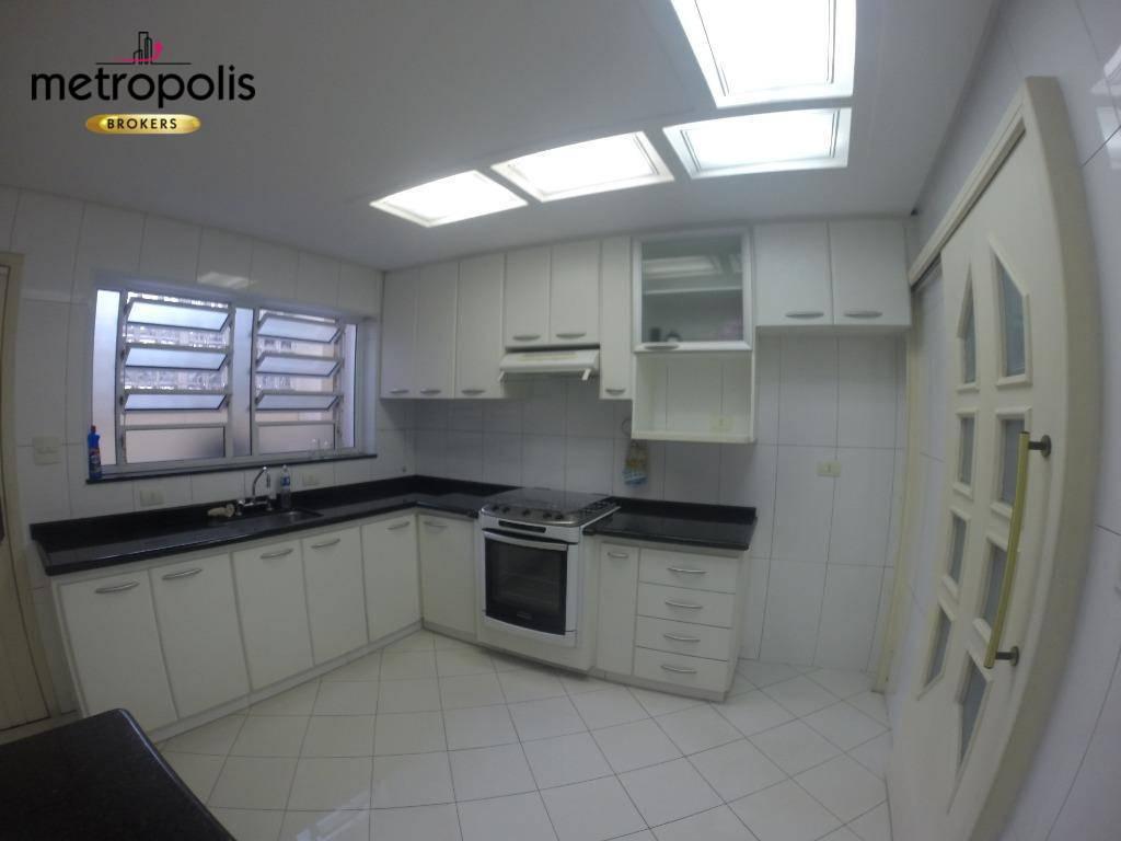 Sobrado com 3 dormitórios para alugar por R$ 3.500/mês - Santa Maria - São Caetano do Sul/SP