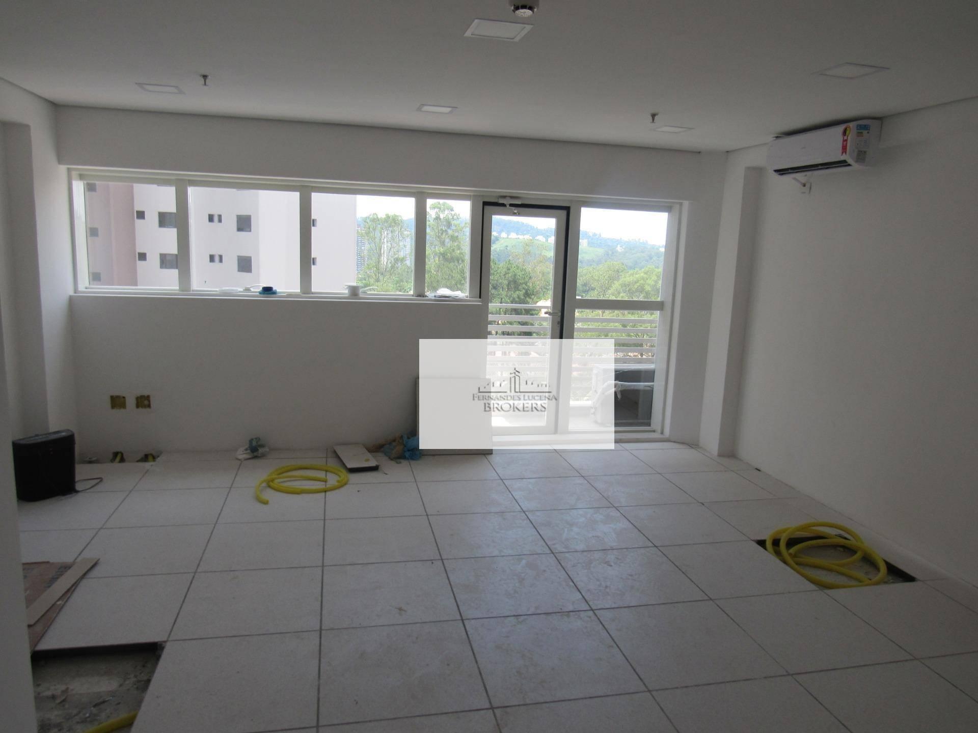 Conjunto para alugar, 31 m² por R$ 1.400/mês - Alphaville - Barueri/SP