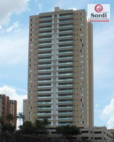 Apartamento com 3 dormitórios à venda, 130 m² por R$ 700.000