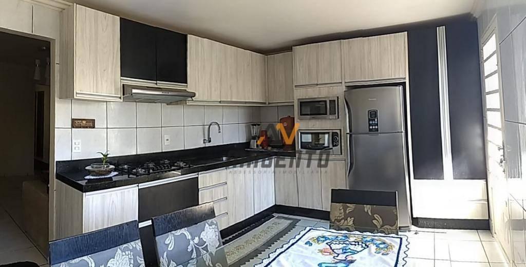 Casa à venda por R$ 440.000 - Guarujá - Cascavel/PR
