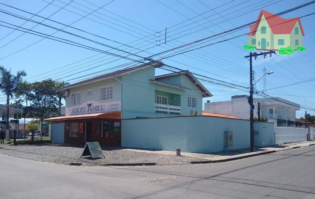 Sobrado à venda  no Jardim Iririú - Joinville, SC. Imóveis