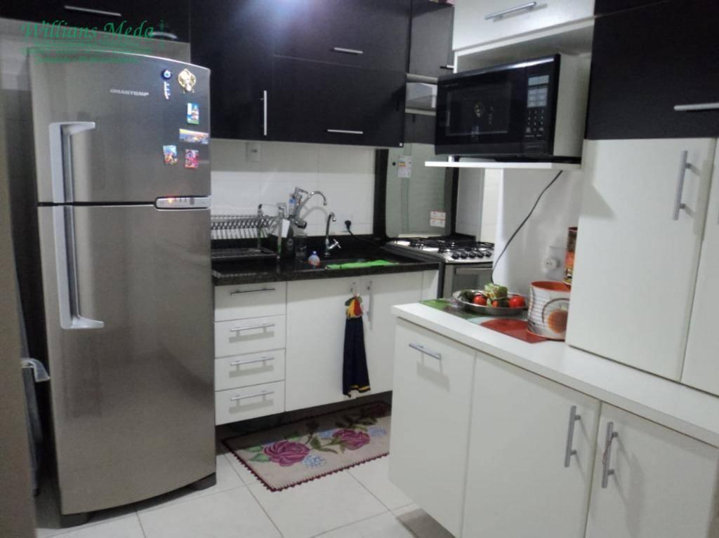 Apartamento com 2 dormitórios para alugar, 58 m² por R$ 1.800,00/mês - Jardim Flor da Montanha - Guarulhos/SP