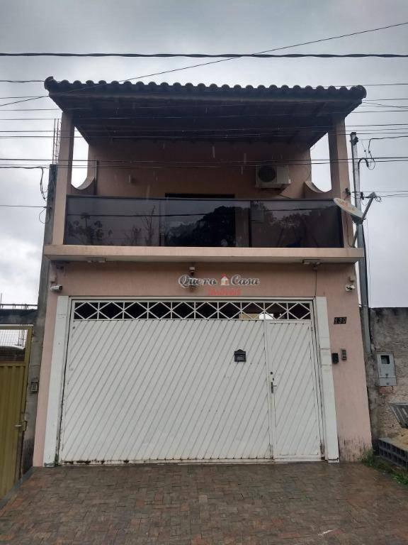 Sobrado com 3 dormitórios à venda, 430 m² por R$ 850.000 - P
