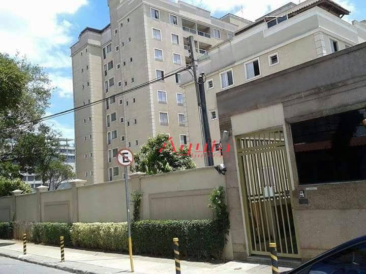 Apartamento com 3 dormitórios à venda, 67 m² por R$ 300.000 - Santa Teresinha - Santo André/SP