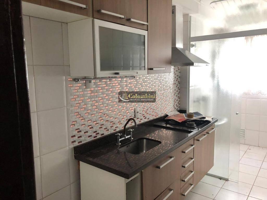 Apartamento com 3 dormitórios para alugar, 62 m² por R$ 1.765/mês - Barcelona - São Caetano do Sul/SP
