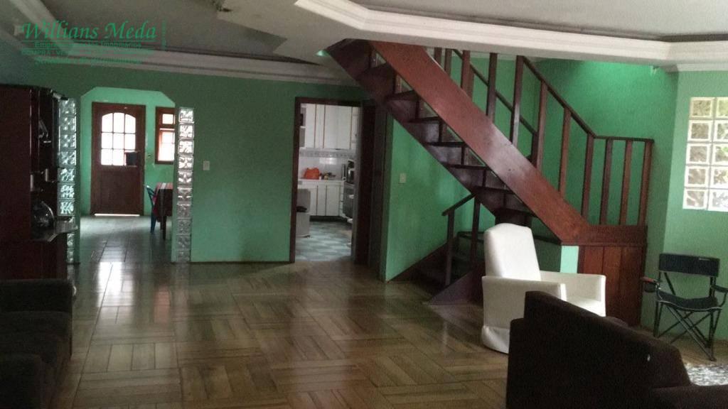 Sobrado residencial à venda, 4 dormitórios, 5 vagas. Jardim Bom Clima, Guarulhos.