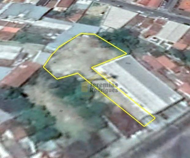 Terreno para alugar, 350 m² por R$ 3.500/mês - São Benedito