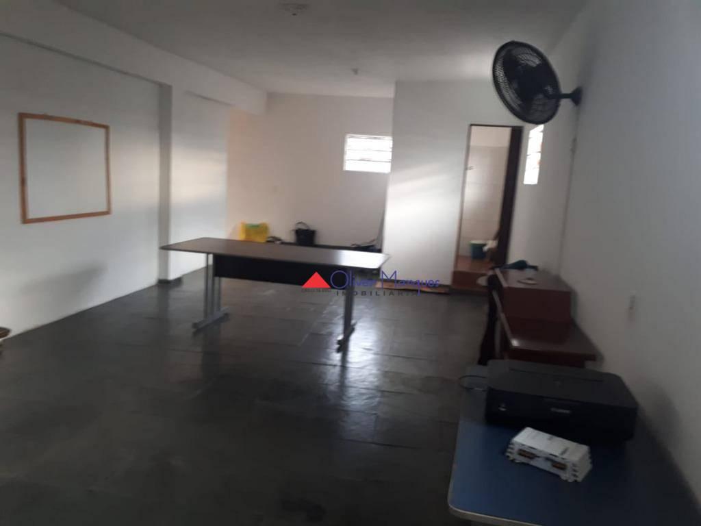 Salão para alugar, 48 m² por R$ 1.300,00/mês - Vila Iza - Carapicuíba/SP
