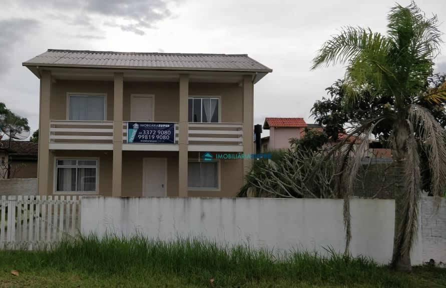Casa com 3 dormitórios em Ibiraquera, Imbituba