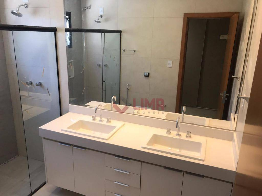 excelente residência com fino acabamento e projeto moderno imóvel com 3 suítes completas em armários e...