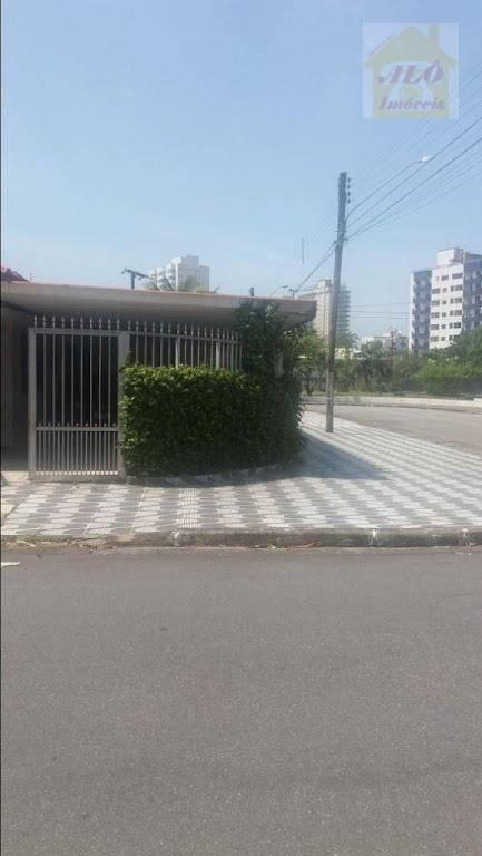 Casa para alugar por R$ 1.500,00/mês - Vila Caiçara - Praia Grande/SP