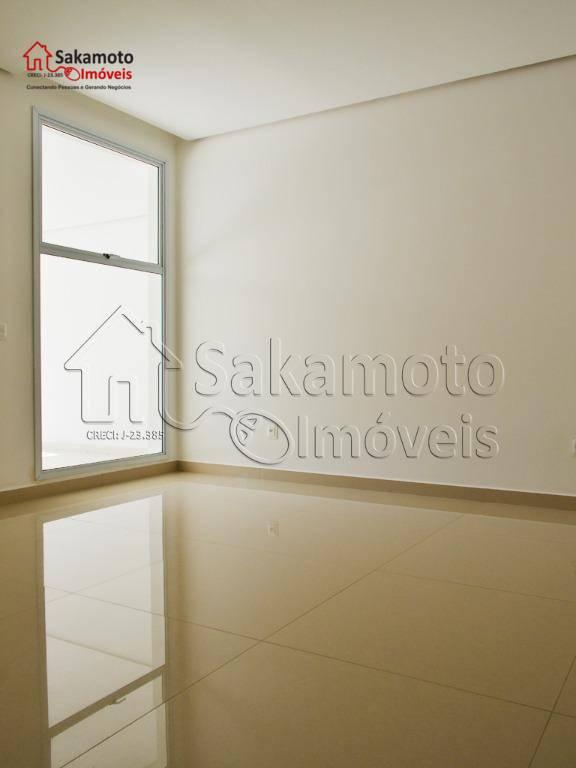 projeto com 417 m² de construção;- sobrado com 5 suítes com closet e janela black out...