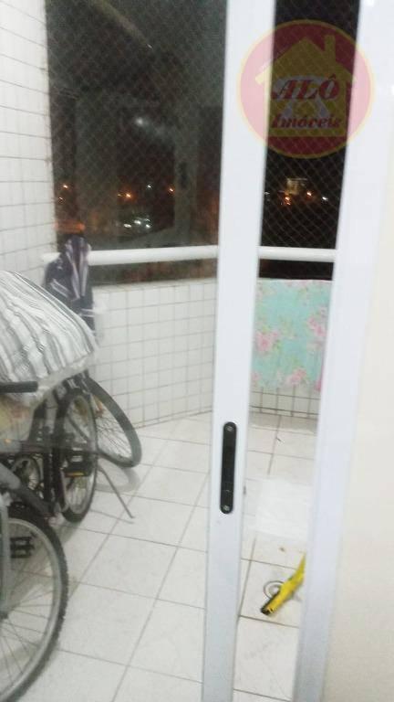 Apartamento com 2 dormitórios à venda, 60 m² por R$ 215.000,00 - Vila São Paulo - Mongaguá/SP