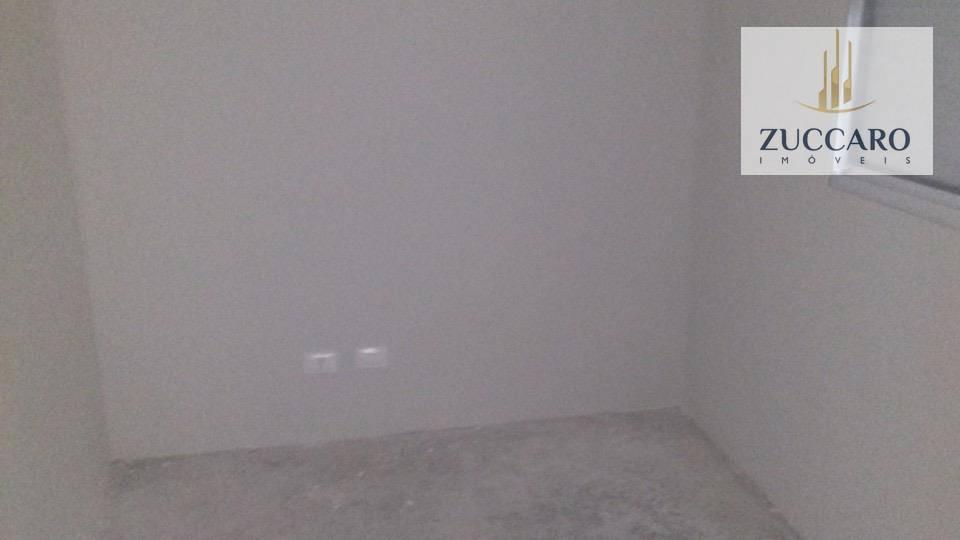 Sobrado de 3 dormitórios à venda em Jardim Santa Francisca, Guarulhos - SP