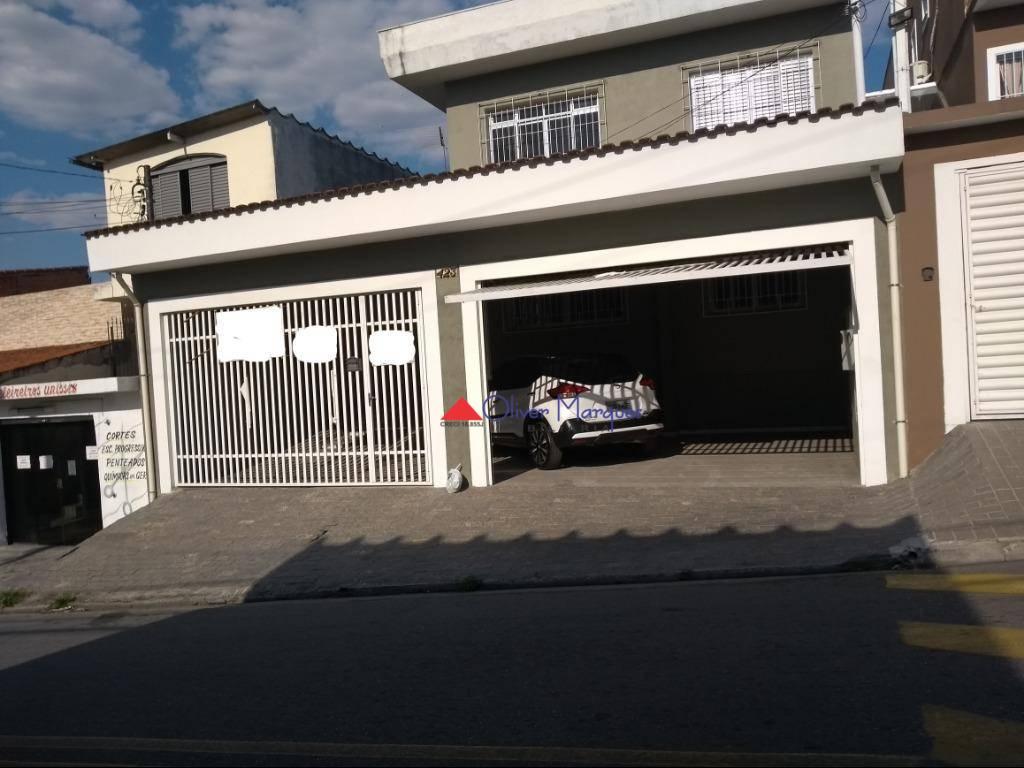 Casa com 3 dormitórios para alugar, 300 m² por R$ 3.000/mês  Rua Norma Zemella Moura, 423 - Cipava - Osasco/SP