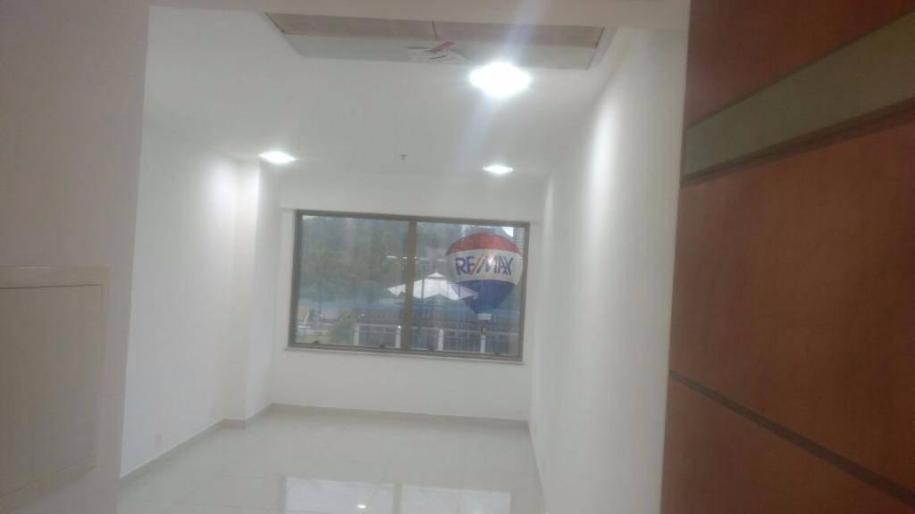 Sala Comercial   para Alugar, 22.00 m²