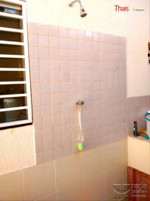 Casa de 4 dormitórios à venda em Guará I, Guará - DF