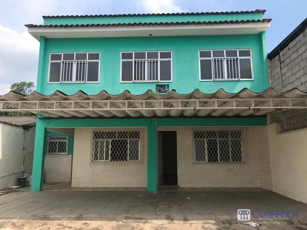 Casa com 3 dormitórios para alugar, 150 m² por R$ 1.800/mês - Campo Grande - Rio de Janeiro/RJ