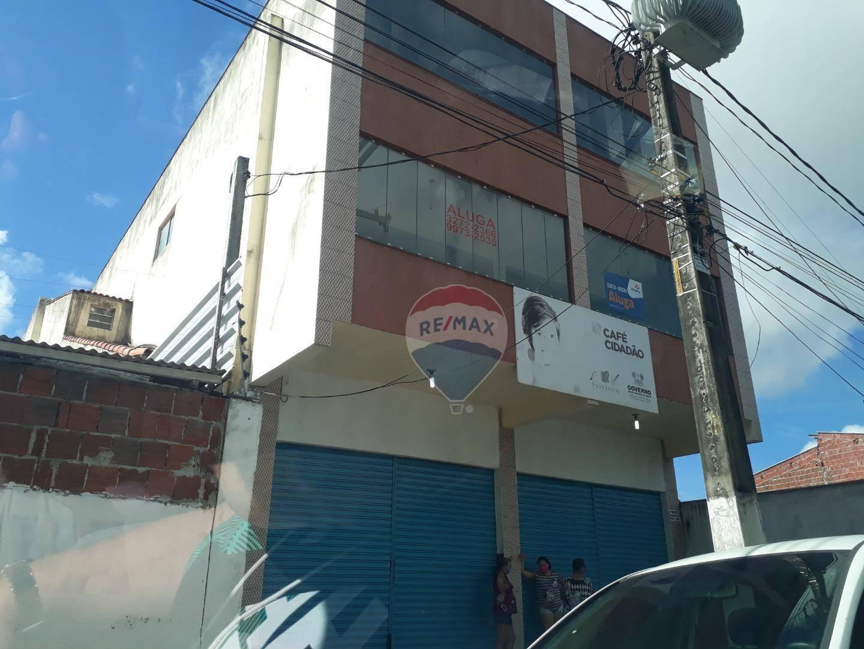 PRÉDIO COMERCIAL NO CENTRO DE PARNAMIRIM