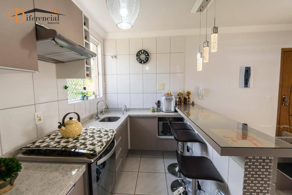 Apartamento com 2 dormitórios à venda, 66 m² por R$ 319.000,00 - Portão - Curitiba/PR