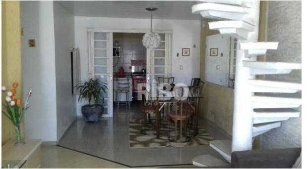 Casa em condomínio à Venda - São José dos Pinhais
