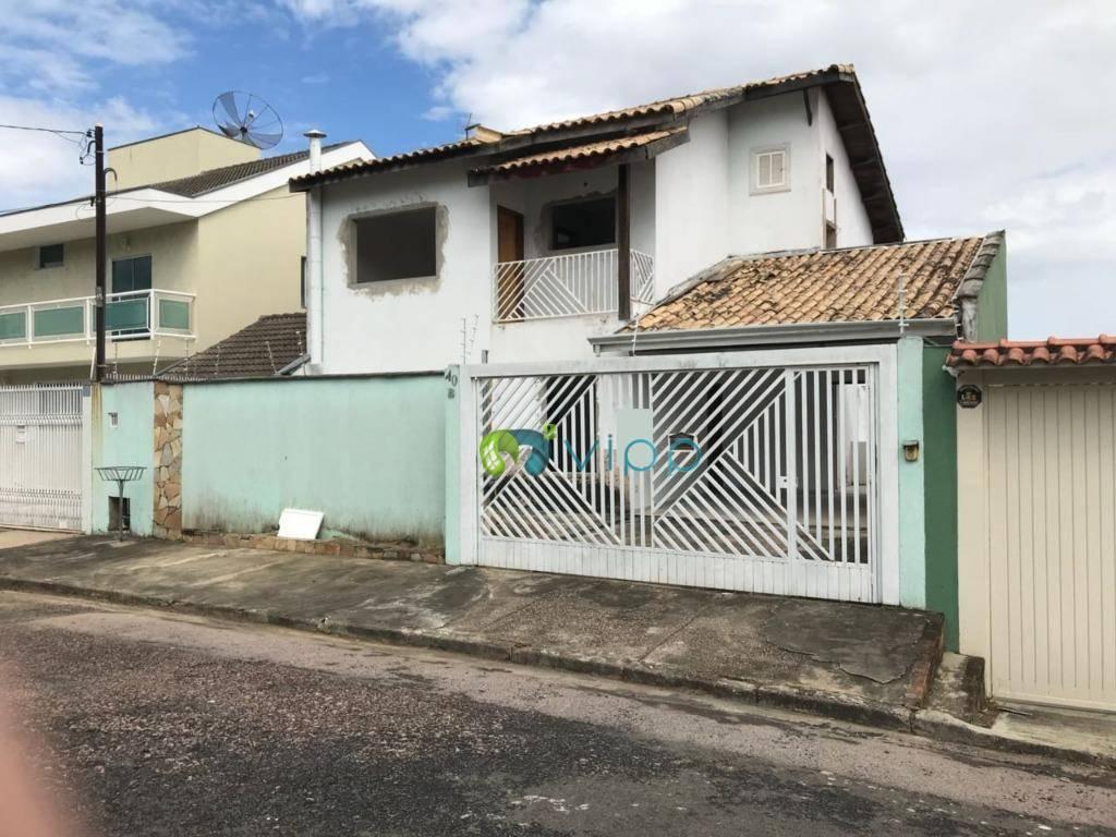 Vende-se casa, apenas faltando acabamentos, 3 dorms, suíte, piscina, e amplo espaço, Jardim Paulista, Jundiaí.