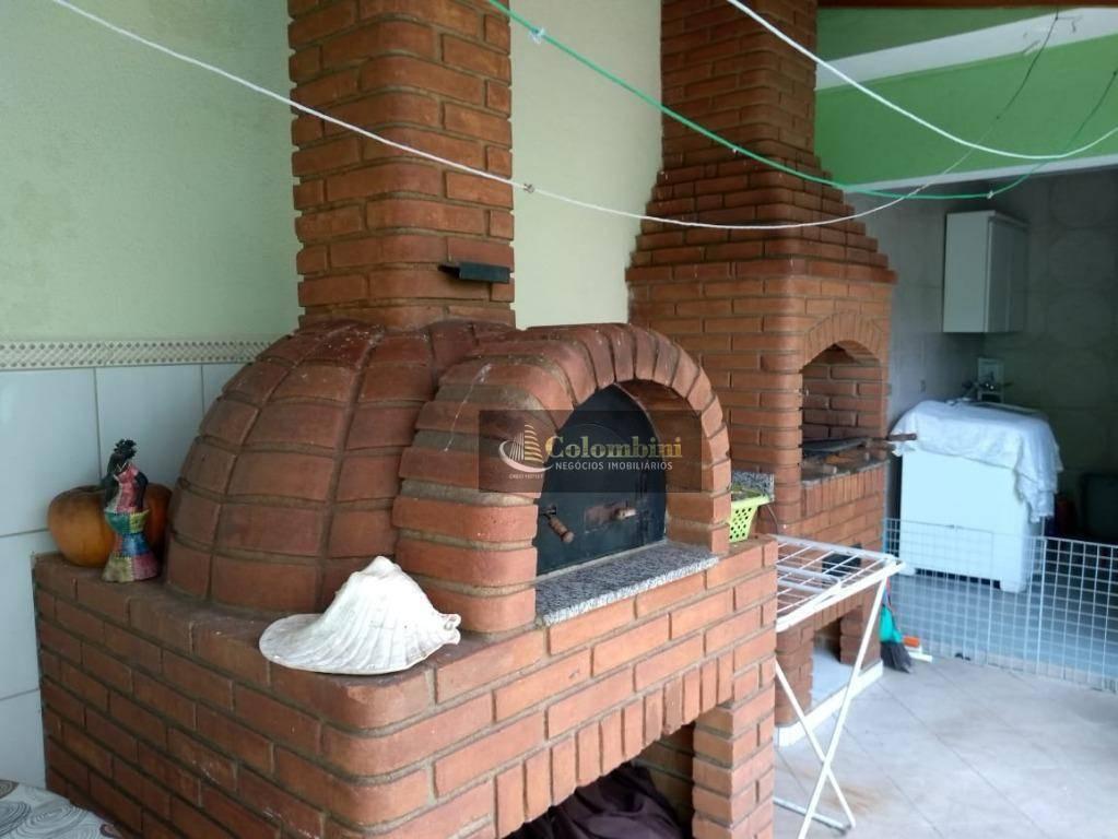 Sobrado com 3 dormitórios à venda, 185 m² por R$ 810.000 - Barcelona - São Caetano do Sul/SP