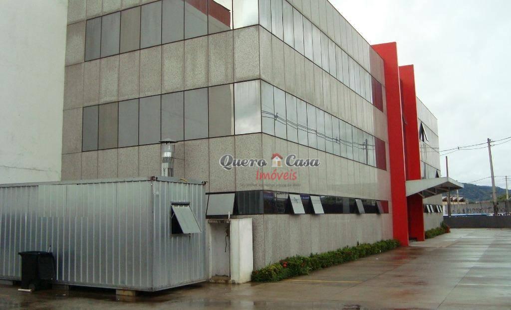 Galpão comercial para locação, Parque Santo Agostinho, Guaru