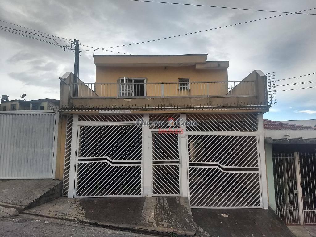 Sobrado com 3 dormitórios para alugar, 237 m² por R$ 2.700/m