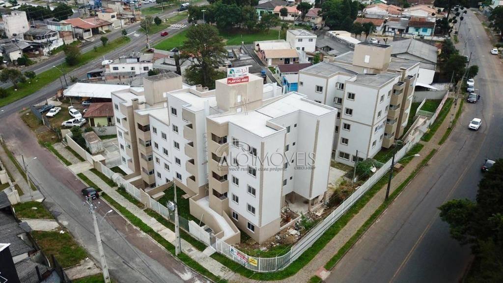 Pinheirinho - Curitiba - Apartamento com 2 dormitórios, sacada e churrasqueira