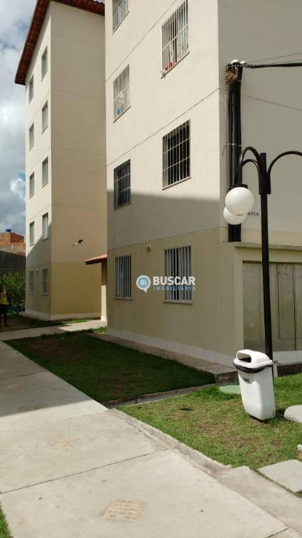 Apartamento com 2 dormitórios à venda, 41 m² por R$ 110.000 - Tomba - Feira de Santana/BA