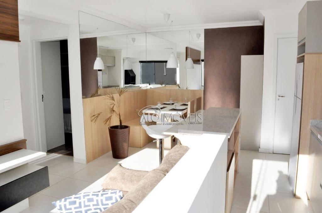Apartamento com 2 quartos em Pinhais